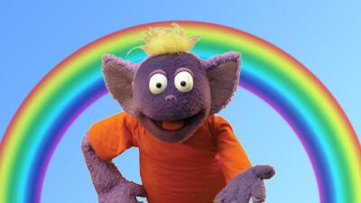 Speekee on rainbow background