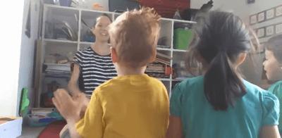 Children learning Spanish through song